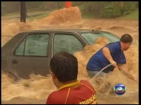 Enchente em Rio Preto 07/10/09 - Jornal Nacional