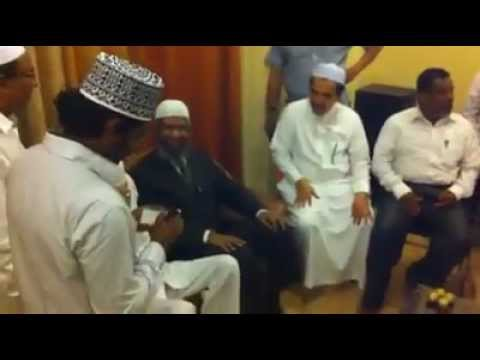 Zakir Naik Ki Bolti Band.mp4 video