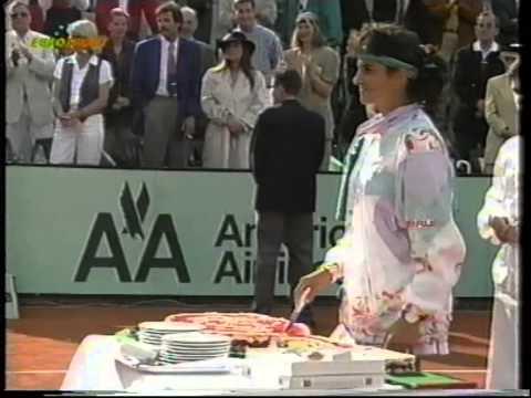 Gabriela Sabatini v Steffi Graf Berlin 1993 pt4