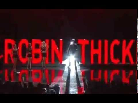Robin Thicke Performs Blurred Lines at the BET Awards with Pharrell & T.I.