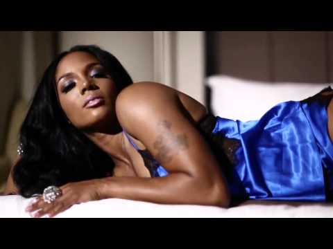 Rasheeda - Legs To The Moon FT Kandi (OFFICIAL VIDEO)