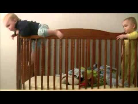 Videos de risa   Bebés escapando de la cuna   Mision Imposible HD