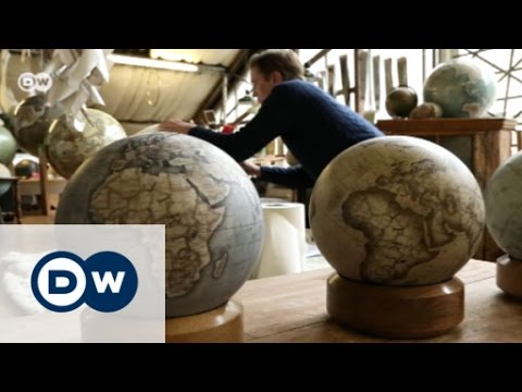 مجسمات فاخرة للكرة الأرضية   يوروماكس