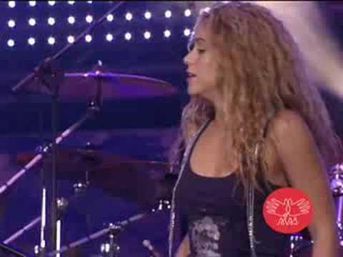Concierto ALAS: Shakira & Mercedes Sosa - La Maza - Video Oficial