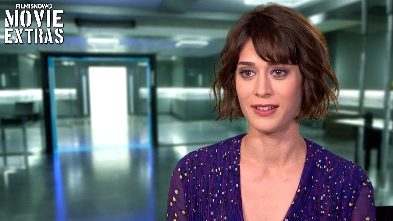Now You See Me 2 | On-set with Lizzy Caplan 'Lula' [Interview]