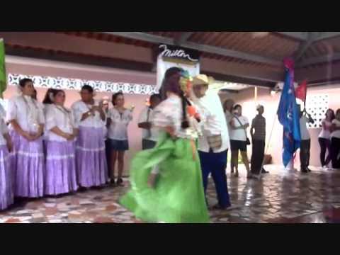Astrid Tejada Baila La Espina Tarde Tipica Chorrera