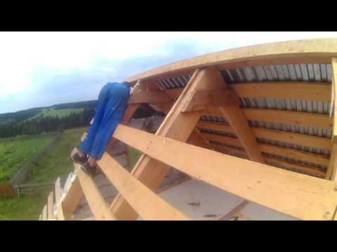 Крыша из профнастила своими руками//Roof from a professional flooring the hands