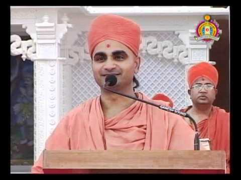 Bhuj Nutan Mandir Mahotsav 2010 - NarNNarayanDev Vishvayuva Part 2 of 2