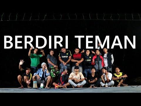 Closehead - BERDIRI TEMAN Live Lapangan Voli Tagung #PARODY