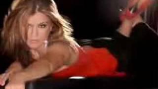Watch Kelly Clarkson Lost video