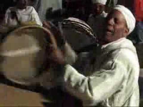 Clip video ahwach ouarzazate tabount - Musique Gratuite Muzikoo