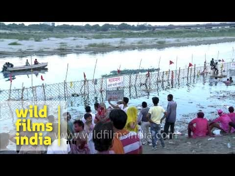 Ganapati immersion at Yamuna river - Delhi