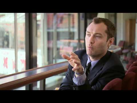 Jude Law 'Contagion' Interview