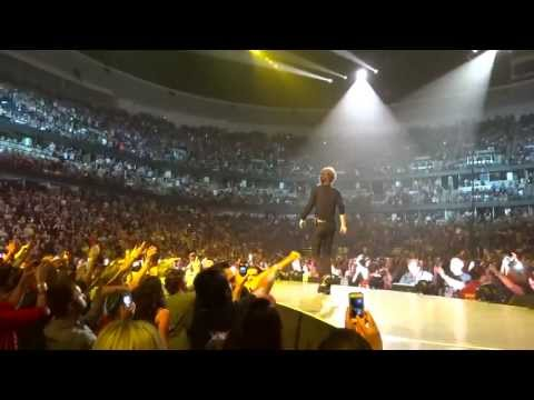 "The Rolling Stones ""Honkey Tonk Women"" from the Tongue Pit - May 18, 2013 Anaheim, CA"