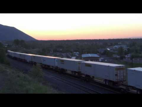 Railfanning Flagstaff, AZ  With A Sunrise