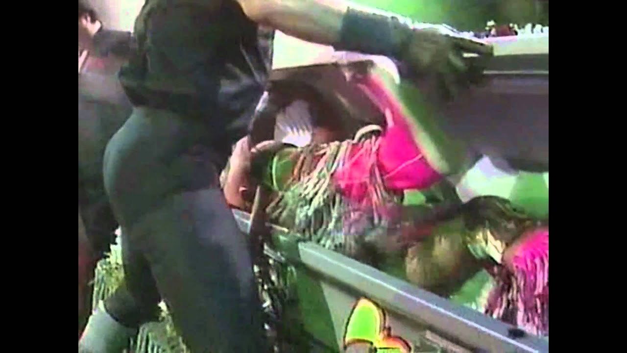 Ultimate Warrior on Undertaker's Funeral Parlor - YouTube