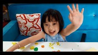 Nhi Lần Đầu Cùng Chơi Đất Sét Với Mẹ - Trò Chơi Trẻ Em ♥ NhiBi Kids ♥