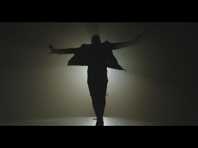 Usher - She Came To Give It To You ft. Nicki Minaj