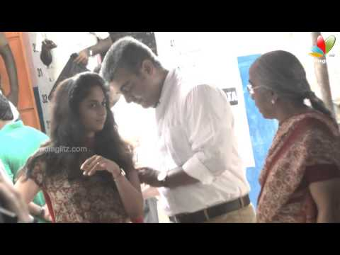 Actor Ajith And His Wife Shalini Casted Their Vote | Election 2014 video