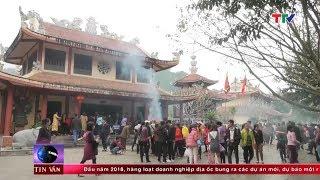(TTV) Hàng vạn du khách đi Lễ Đền Cửa Đặt những ngày đầu năm Mậu Tuất 2018