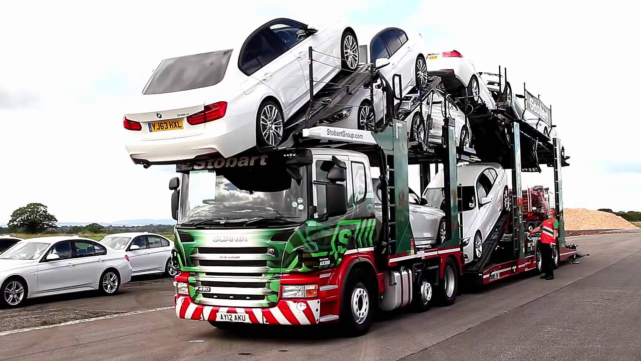 Loading Eddie Stobart Transporter With 11 Brand New Bmws Youtube