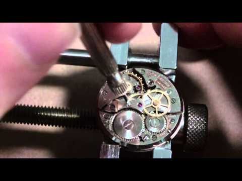 How I take apart a wrist watch. Bulova 10 BUC