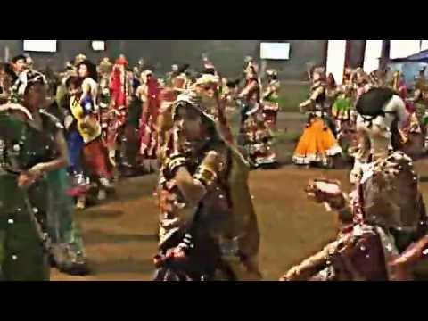 Ahmedabad Navratri Garba 2013 Karnavati Club- part 2