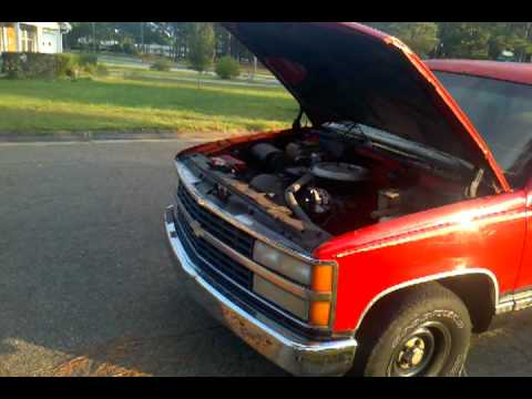 1992 Chevy 1500    AC works great runs good
