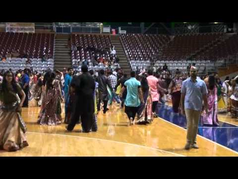Atul Purohit Adelaide Garba 2013 Part 1 video
