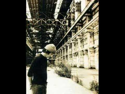 Elliott Smith - Looking Over My Shoulder