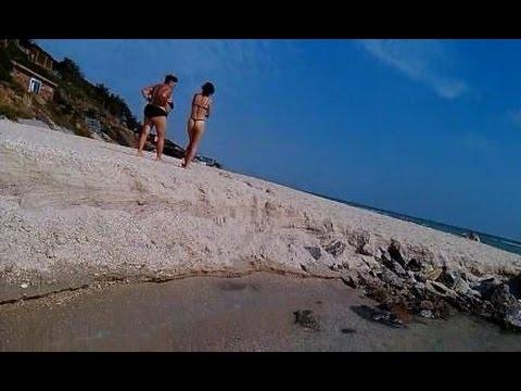 Video поискна речном пляже с мд seabass.