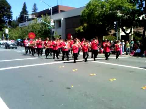2011 Santa Rosa Rose Parade: Herbert Slater Middle School Band