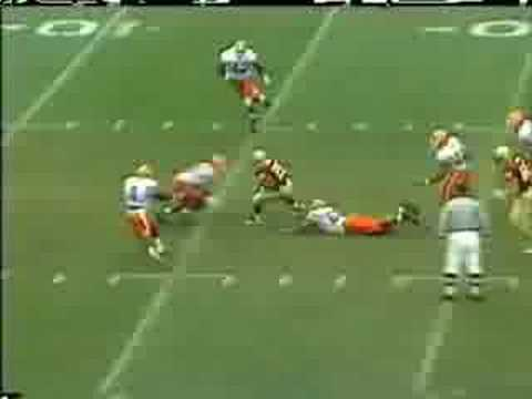 The greatest 4th quarter comeback in NCAA history, FSU vs Florida 11/26/94. Be sure to watch it in high quality by clicking below the video.