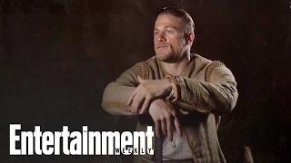 Charlie Hunnam shows off his 'King Arthur' sword skills