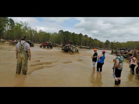 Mud Nationals 2018 | Monster Polaris Ranger Rolls Over In Sand Pit