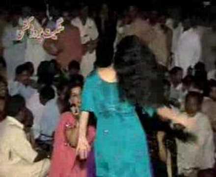 nice mujra of mela karsal2007