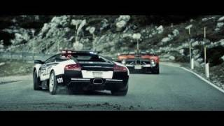 Pagani vs Lamborghini: Need for Speed Hot Pursuit