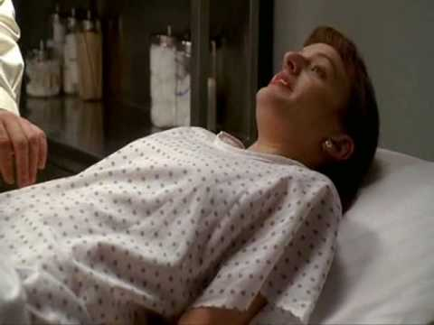 Mad Men - Peggy and the gynecologist (1x01)