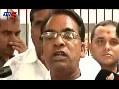 AP Cong MP's Met  Petroleum Minister Dharmendra Pradhan over Gas Pipeline Issue : TV5 News
