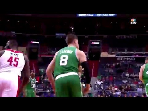 Jonas Jerebko Dunks vs. Washington Wizards (01/25/2016)