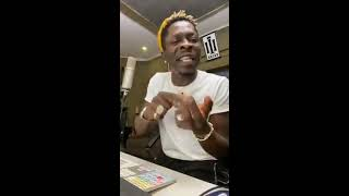 Shatta Wale jams to dancehall songs