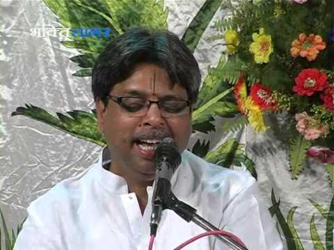 Shri Radha Krishna Bhajan - Radha Rani Ke Nathni Me Mor By Govind...