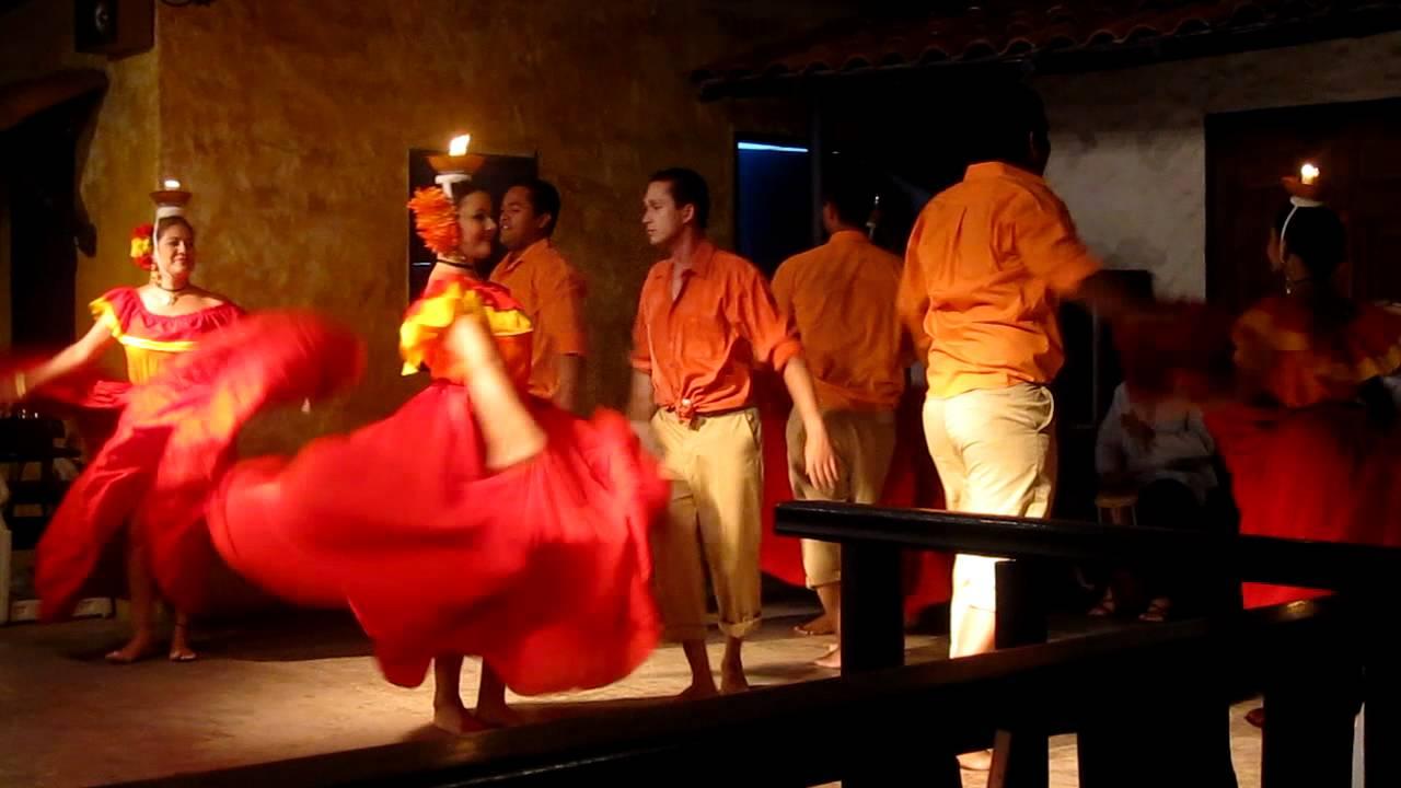 Baile tipico paname 241 o de la vela tinajas restaurant pt 1
