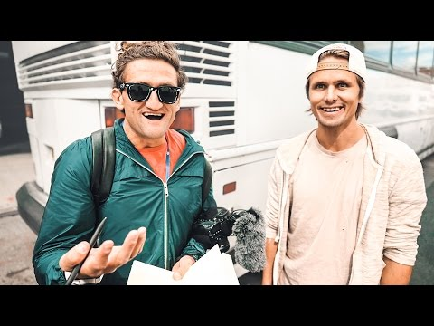 CASEY NEISTAT ROMANTIC MOMENT IN NYC | VLOG 167