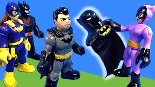 Imaginext Catwoman Drama Over New Batman Costume Toy Video