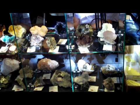 Colburn Earth Science Museum Gem and Mineral Exhibit 6.MOV