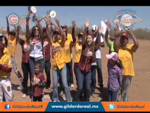 Porra de la Liga Kino del Torneo de Béisbol Infantil Formando Ganadores