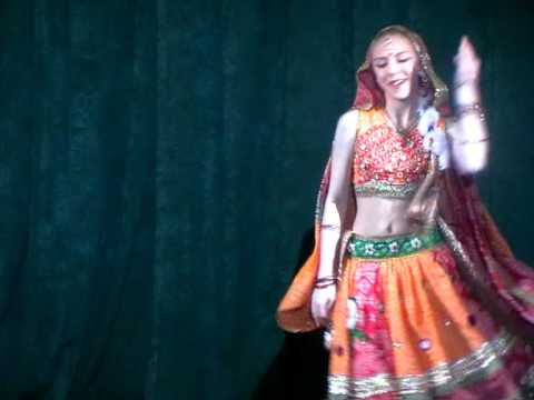 Victoria Anisimova Performing Bollywood Dance  Jhumka Gira Re video