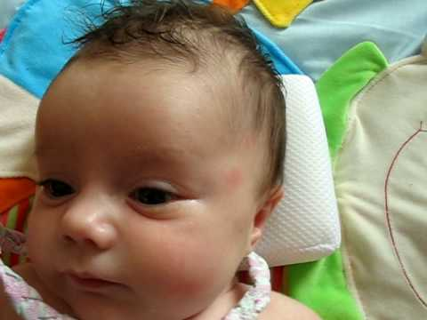 bébé 1 mois et demi Naya - YouTube