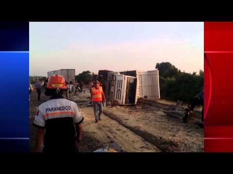Accidente en maxipista Culiacán Mazatlán, deja como saldo una persona muerta y otra herida.